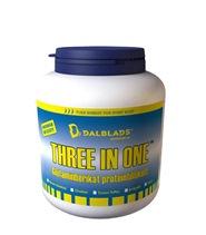 Three in One från Dalblads. Storsäljaren från Dalblads. Ett tre i ett protein uppbyggt av högklassigt vassle, kasein och äggprotein.